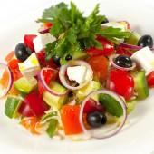 Овощной салат с греческим сыром